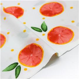 Апельсины на белом